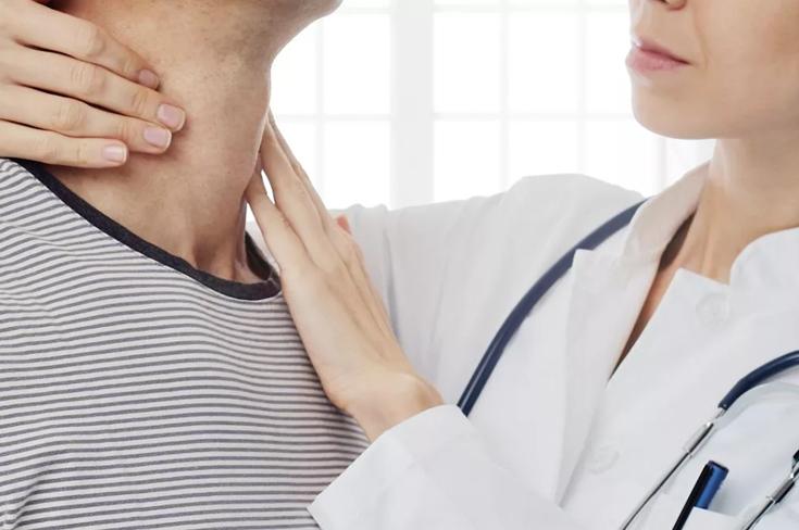 В каких случаях обращаются к эндокринологу